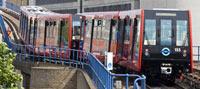 DLR 3-car train