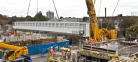 Surrey Canal Road bridge installation (October 2011)