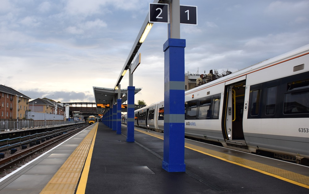 Abbey Wood station platform 2