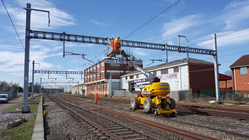 electrification between Stockley and Maidenhead