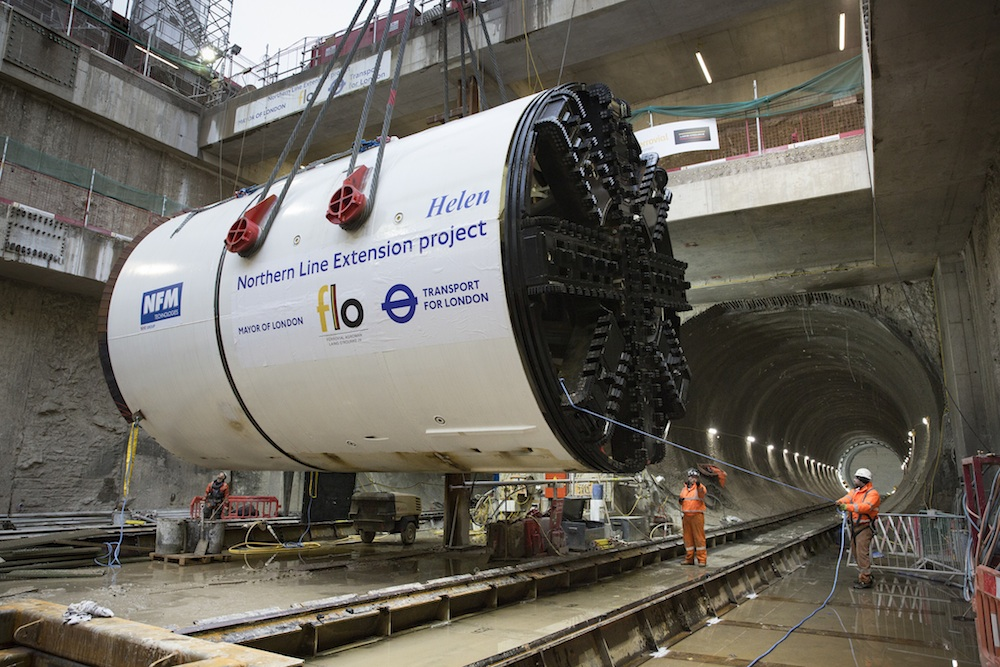 TBM Helen lowered into chamber to start tunnelling for Northern line extension